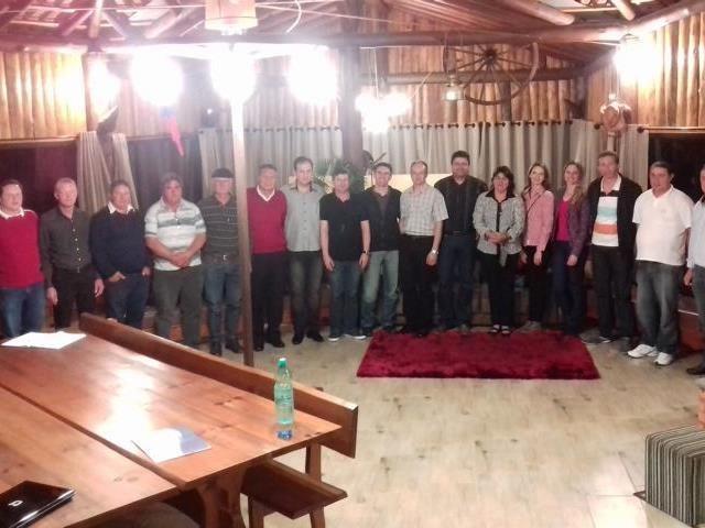Encontro com candidatos eleitos e diretores da AEI e CDL de Itaiópolis